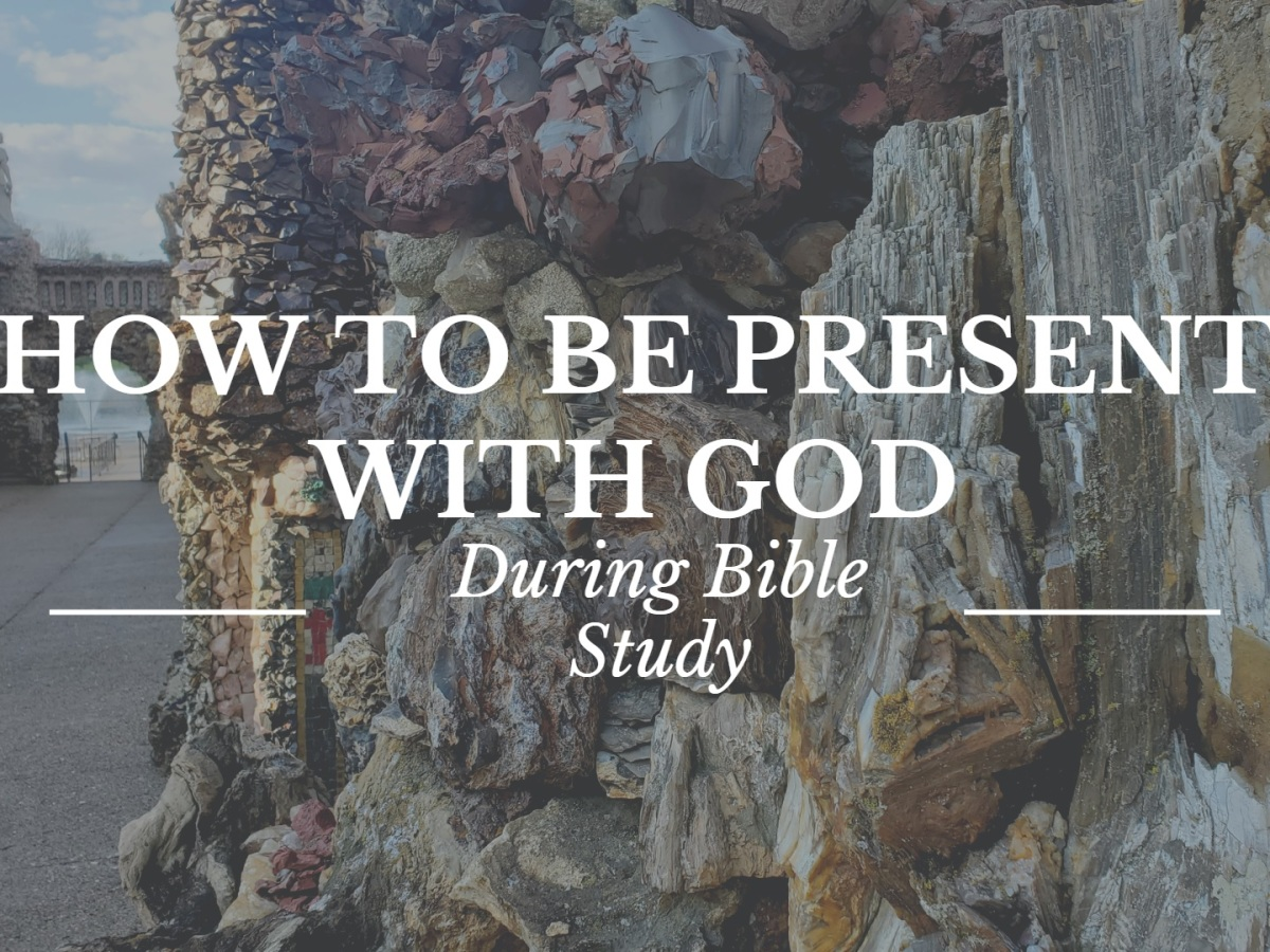 how to read your bible daily blog post